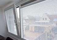 Kunststof dakkapel Dokkum, kiepraam en ventilatierooster